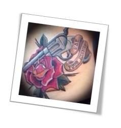 tatuaje pistola